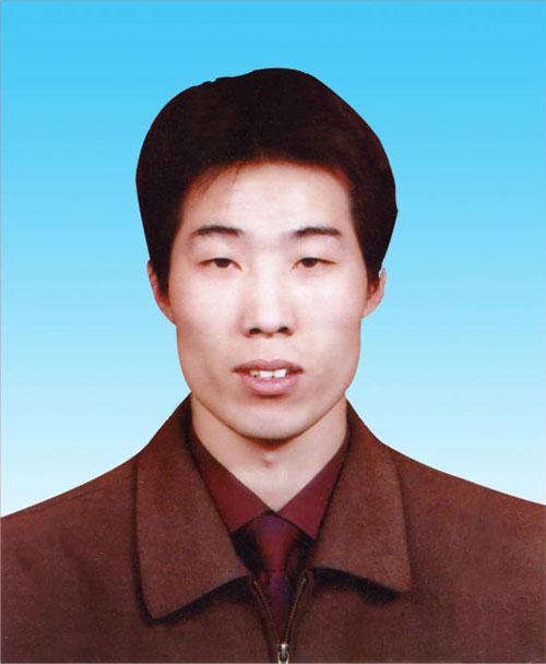 杨义峰现为忻州市天创液压有限公司钳工装配车间主任