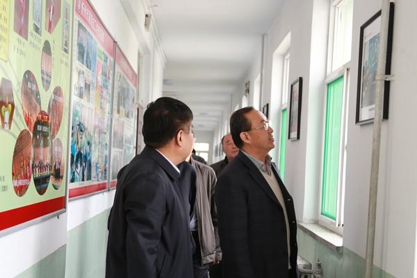 省人社厅领导来校调研忻州市高级技工学校公共实训基地建设项目